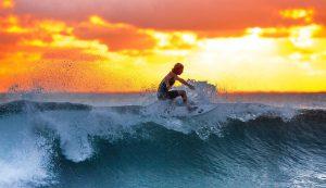 Philippine có rất nhiều điểm lướt sóng nổi tiếng thế giới. Chính vì thế đất nước này đã trở thành điểm đến phổ biến cho những người thích lướt sóng.