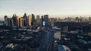 Chùm ảnh: Thành phố Manila vằng lặng trong những ngày cách ly vì dịch Covid-19