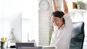 Làm sao để lấy lại năng lượng khi làm việc liên tục?